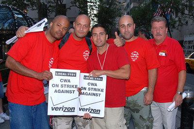 Cwa members on strike in staten island, ny